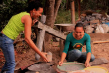 Two Jequitinhonha Valley women at work